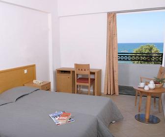 Theo Star appartementen in Malia, te boeken bij Sunweb